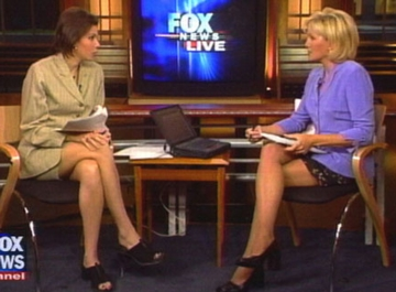 Elegant Fox News Women Anchors Laurie Dhue 14 Laurie Dhue Image